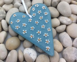 Daisy heart powder blue